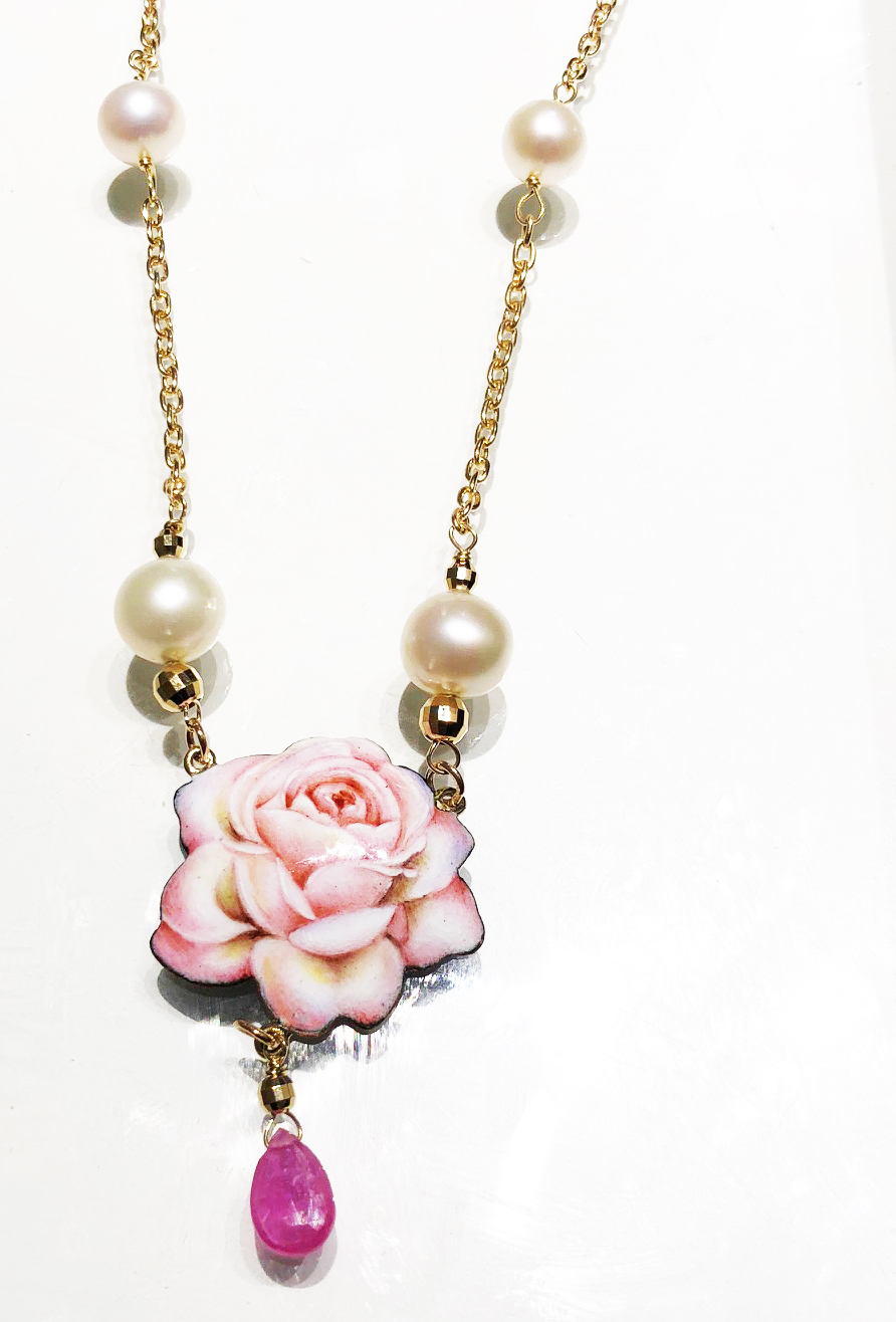 Gabriella Rivalta necklace 18kt gold pearl pink stone pendant enamel 321GRSA1