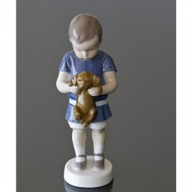 Royal Copenhagen porcelain ole boy with dog 17cm Figurines 1021422