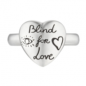 Gucci Ring Blind for Love on the silver heart measures 15 YBC499937001