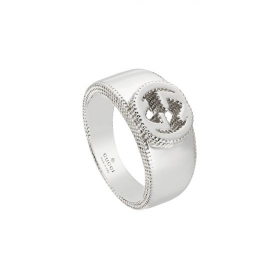 Gucci Ring with GG detail silver measures 14 YBC479229001