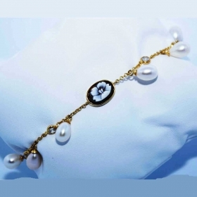 CAMEO BRACELET SILVER PLATED WITH PLATINUM, GOLD AND PEARLS WITH CAMEO FLORAL BC4-G