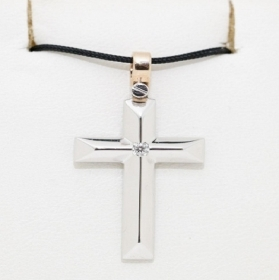 ZANCAN CROSS, WHITE GOLD WITH DIAMOND IN THE CENTER WITH ATTACK PINK EPE105BR