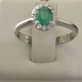 Bliss Ring in white gold with diamonds and emerald green 20079829