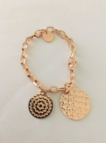 Rebecca Bracelet plated bronze pink gold with 2 circles hammered BIABBR04