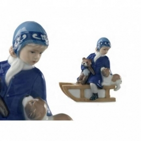 Royal Copenhagen else and her mother and brother 18cm Figurines 5021002